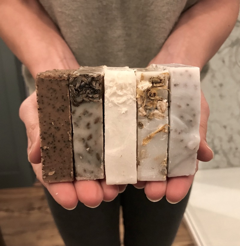 Hand and Body Soap Scrub : 1 x each soap scrub
