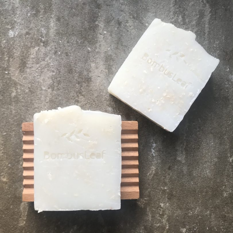 Ripple Wooden Soap Dish with Coconut and Lime Soap Scrub