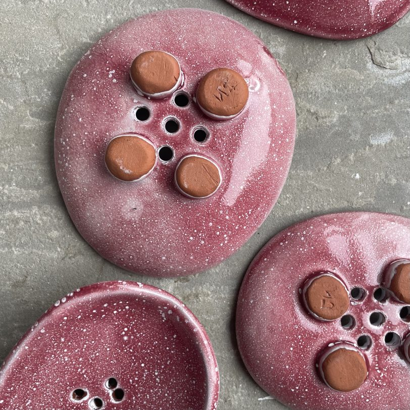 Pink soap dish feet